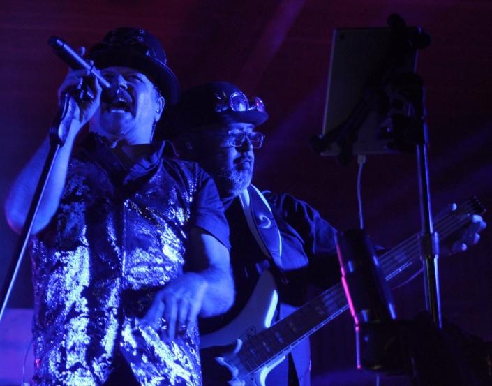 Yadon Jones blues